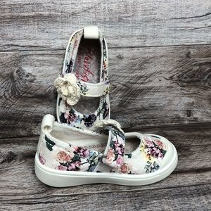 Blowfish little girls white floral shoes